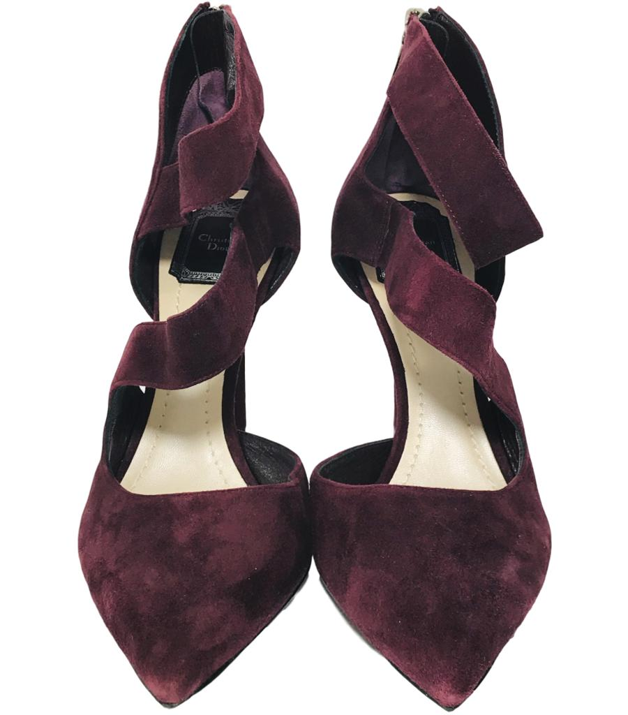 Christian Dior Suede Galbe Pumps. Size 39