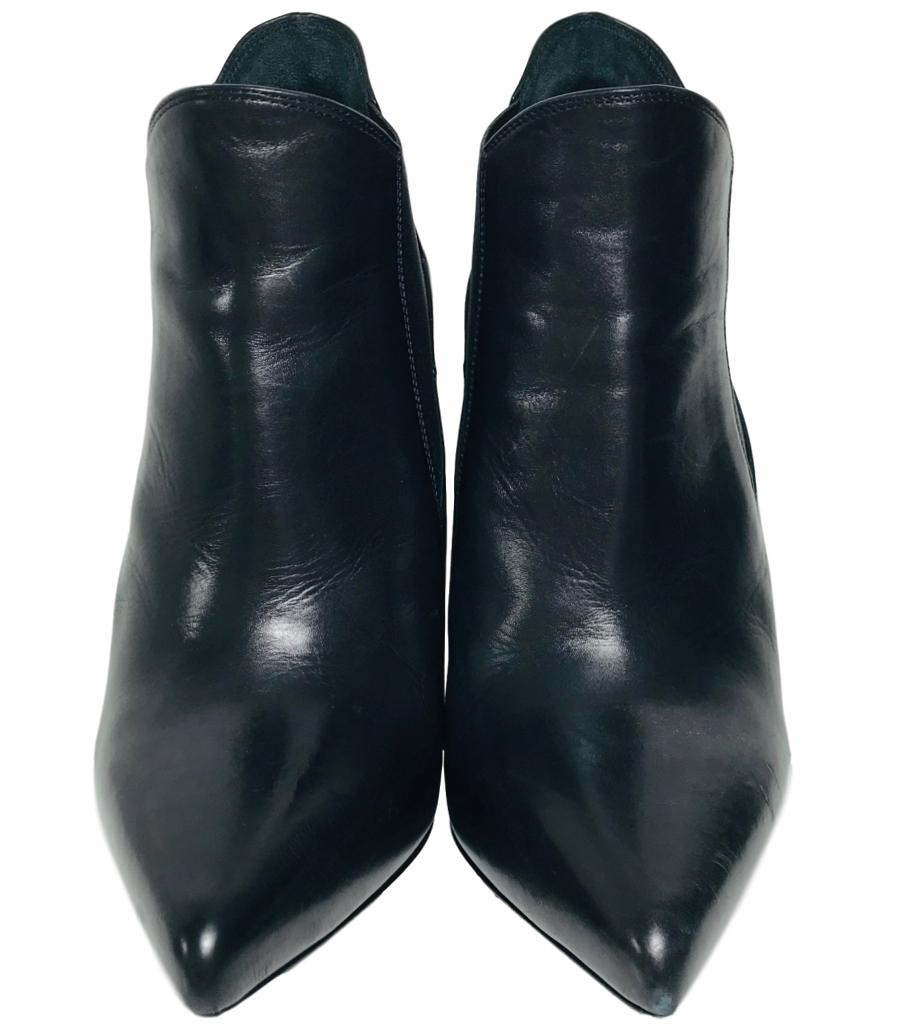 Saint Laurent Leather Ankle Boots. Size 35.5