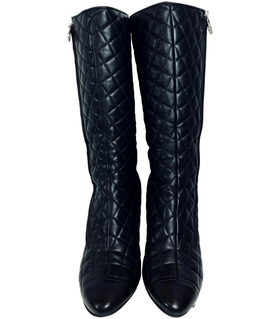 Chanel Quilted Boots. Size 40.5
