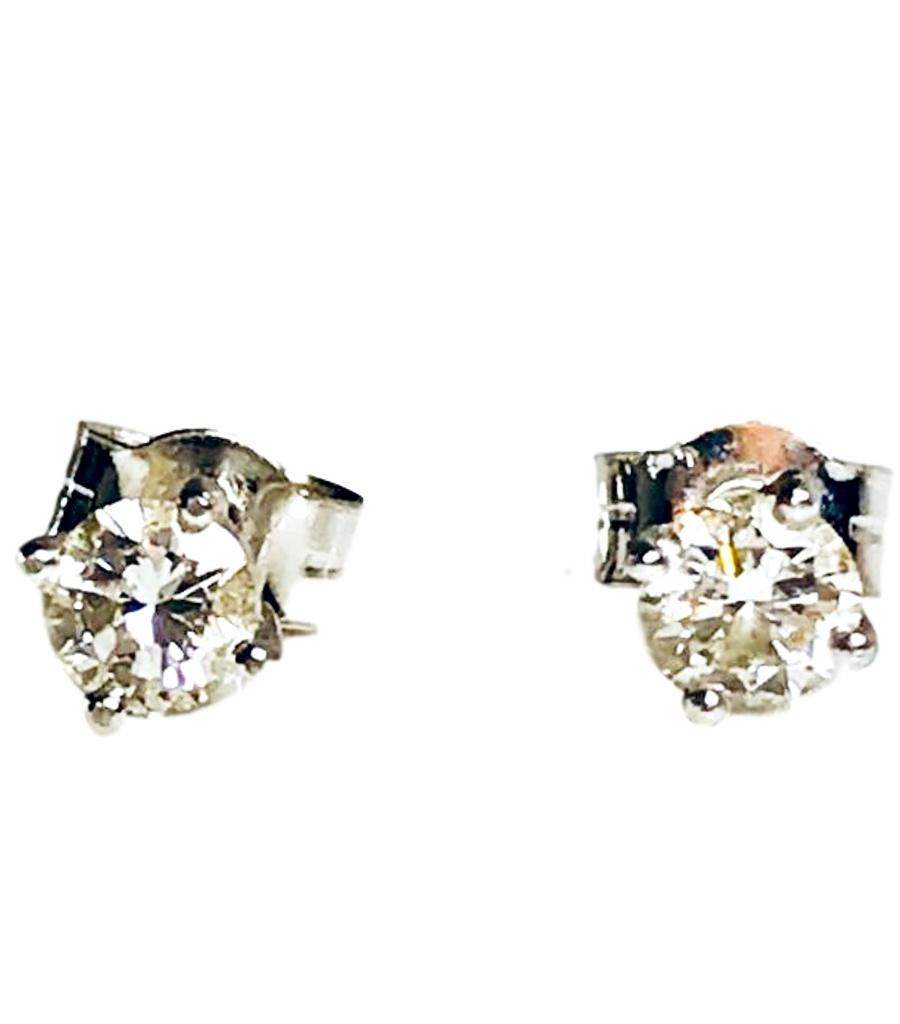 Platinum Diamond Solitiare Earrings