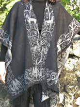 Load image into Gallery viewer, Vintage Pashmina Cape