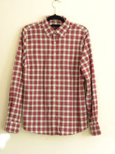 Load image into Gallery viewer, Vintage Checked Shirt for women
