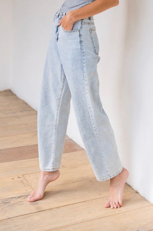 〈再入荷〉light blue denim
