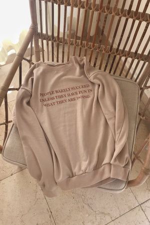 〈再入荷〉message sweatshirt