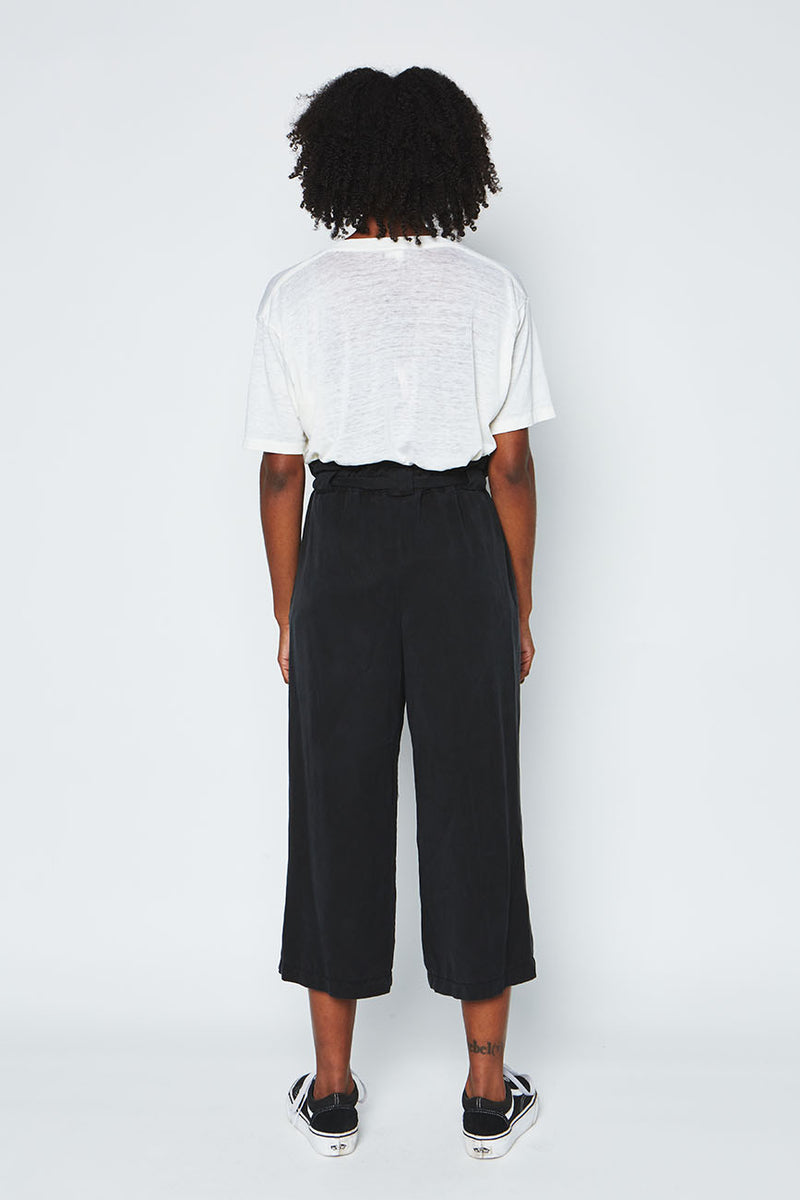 Black tencel pants 1
