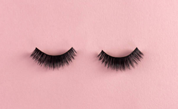 A Beginner's Guide To Applying False Lashes