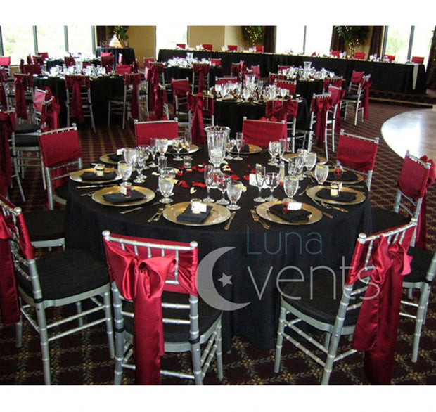 Black Round Tablecloth (320cm) In Setting