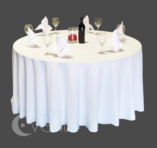 White Round Tablecloth (260cm) in setting