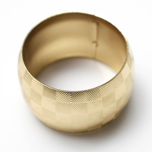 Gold Napkin Ring - Geometric Luxe Square Pattern. Without Napkin