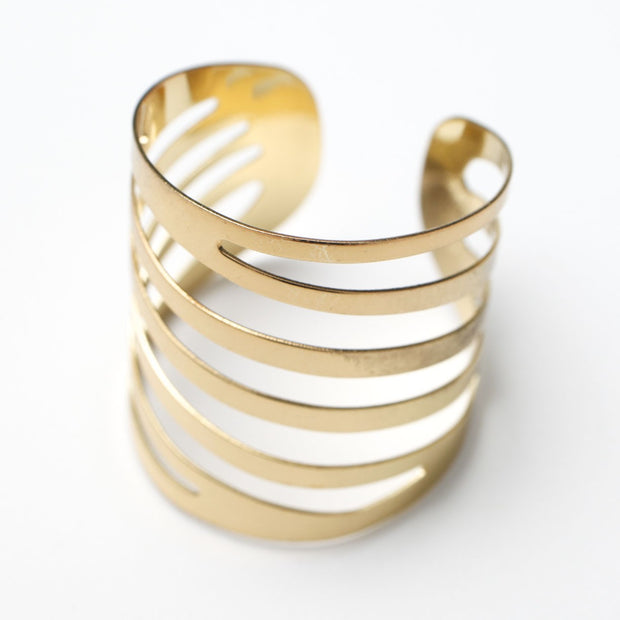 Gold Napkin Ring - Modern Linear Cut Out. Without Napkin