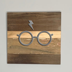 Harry Potter glasses and lightning bolt rustic wall art hanging sign