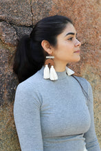 Load image into Gallery viewer, Libra Tierra Earring