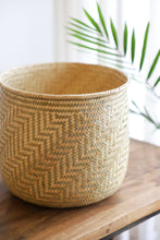 Load image into Gallery viewer, Juana's Rimmed Plant Basket