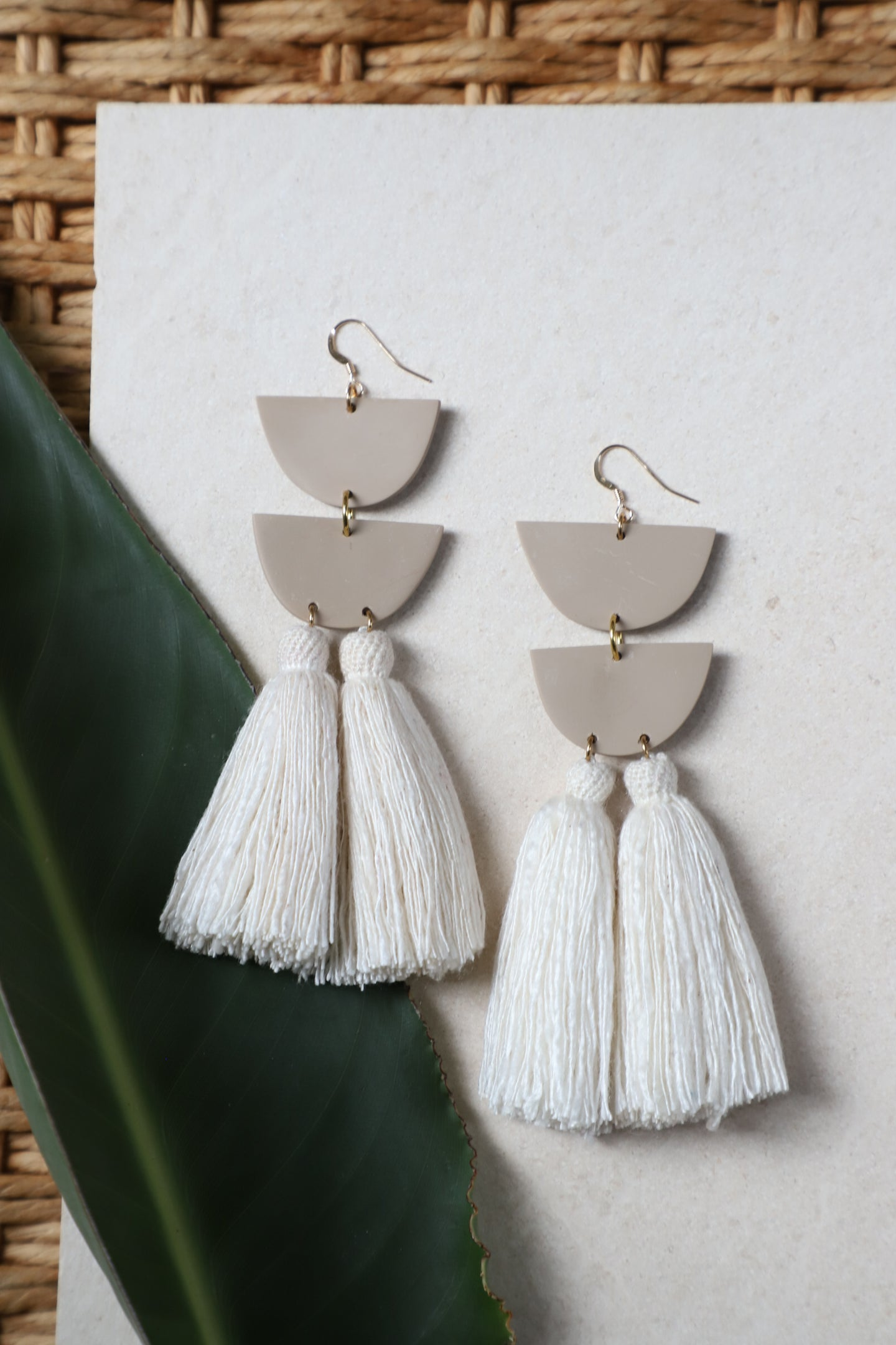 Encanto Natural Earring
