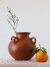 Load image into Gallery viewer, Tierra Madre Vase