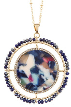 Load image into Gallery viewer, Faceted bead acetate circle pendant necklace set