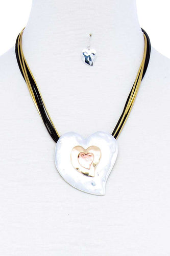 Fashion Triple Heart Pendant Necklace And Earring Set