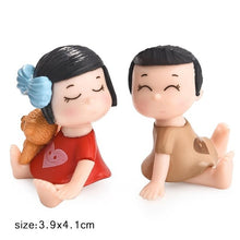 Load image into Gallery viewer, 1set Sweety Lovers Couple Chair Figurines Miniatures Fairy Garden Gnome Moss Valentine's Day Gift Resin Crafts Home Decoration