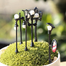 Load image into Gallery viewer, Craft Vintage DIY Miniature Lamp Creative 1PC Garden Home Decoration Mini Artificial Micro Landscaping