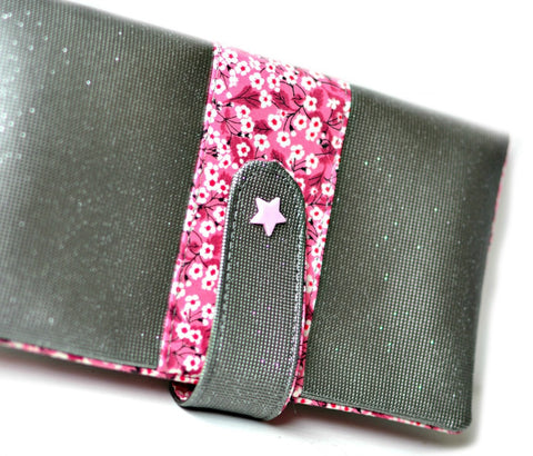 etui pour chéquier fait main france liberty mitsi rose shirley chiche