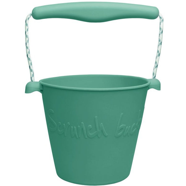 US stockist of Scrunch's mint bucket.  Made from non-toxic, food grade silicone with a rope handle.