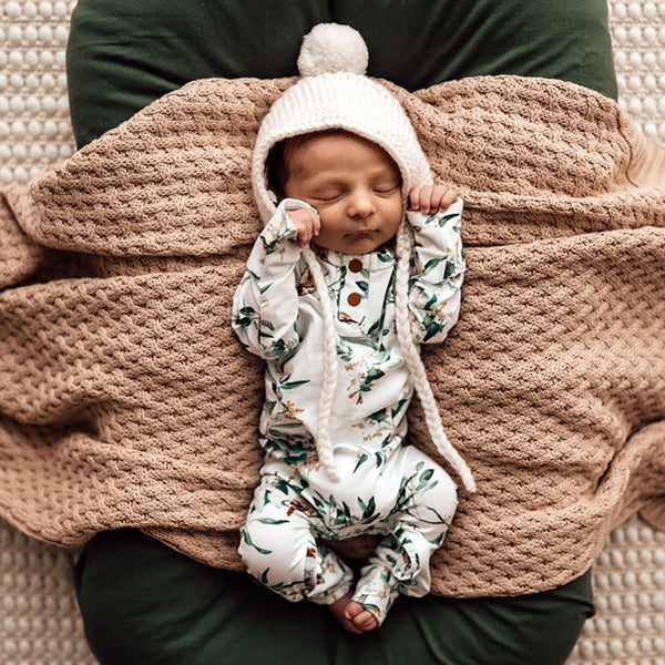 US stockist of Snuggle Hunny Kid's organic cotton jersey, eucalypt zip footed sleeper.
