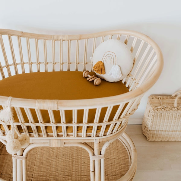 US stockist of Snuggle Hunny Kid's Bronze stretch cotton jersey bassinet sheet. Can also be used as a change mat cover.