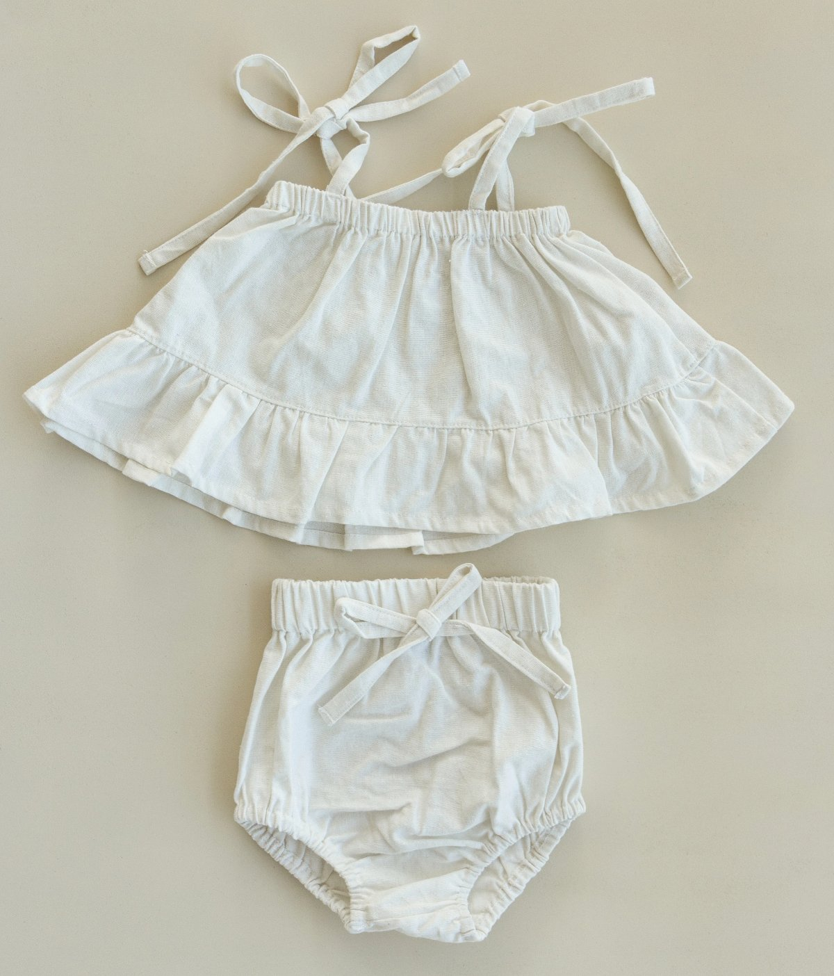 US stockist of Fable & Ford's Soleil Linen 2Pc Natural Set.