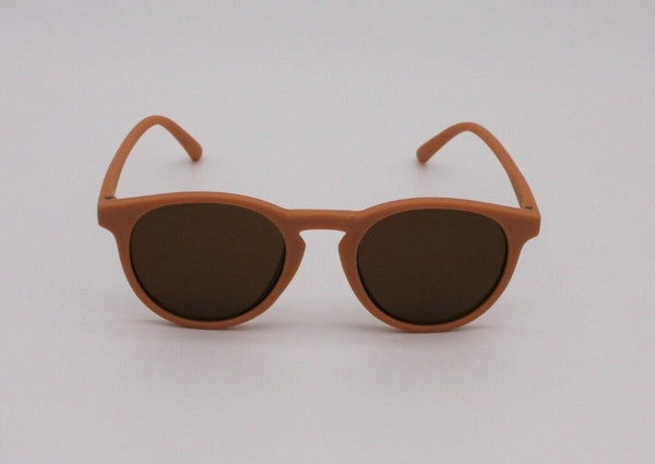 US stockist of Elle Porte's Ranger sunglasses.  Gender neutral, with clay frames and dark lenses.  Rated UV400