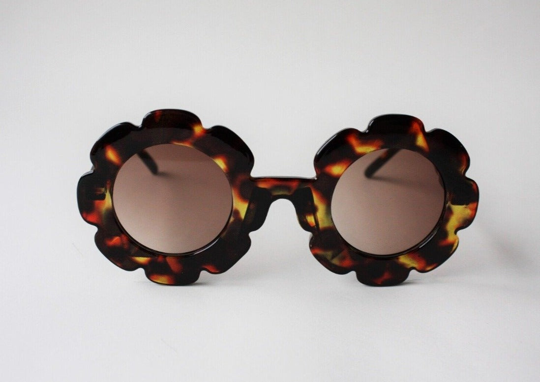 US stockist of Elle Porte's Daisy sunglasses in Tortiseshell with dark lenses.