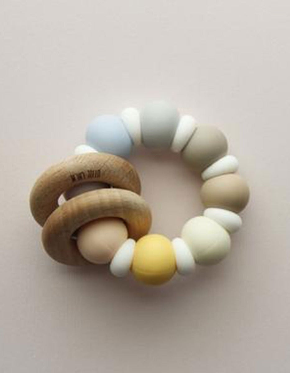 US stockist of Little Chew Leipa silicone wood ring teether