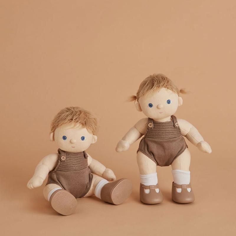 US stockist of gender neutral, blonde, blue eyed Olli Ella poppet dinkum doll.