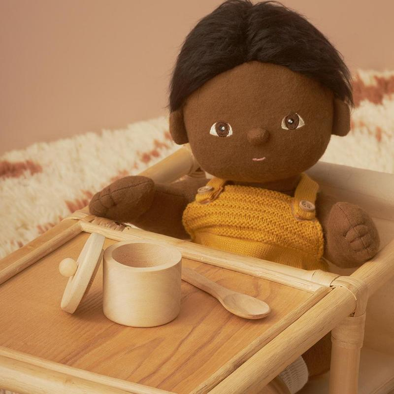US stockist of Olli Ella's Dinkum Doll Feeding set made from pinewood.  Contains one wooden bowl with lid and one wooden spoon.