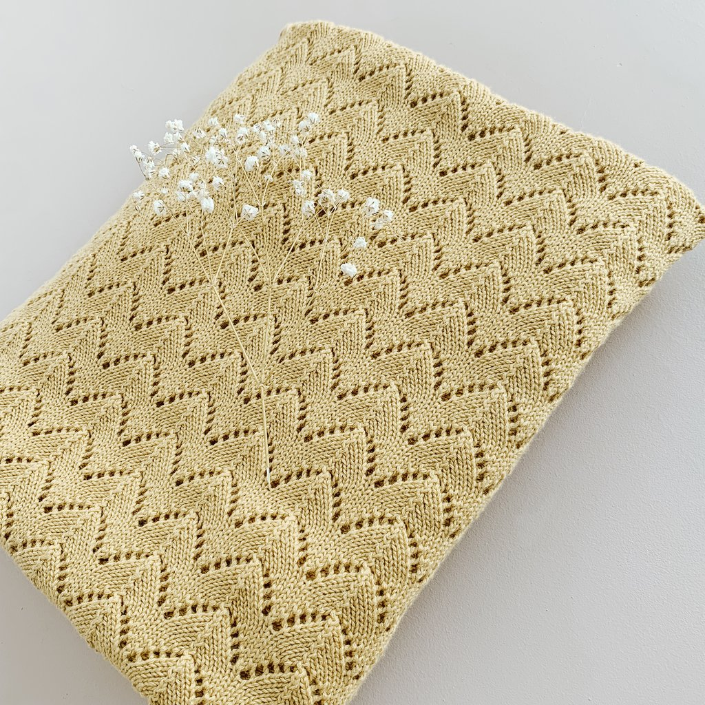 US stockist of Two Darlings gold cotton heirloom blanket