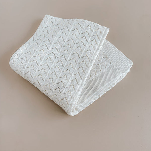 US stockist of Two Darlings milk white cotton heirloom blanket