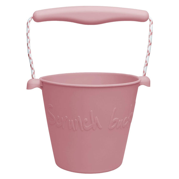 US stockist of Scrunch's dusty rose bucket.  Made from non-toxic, food grade silicone with a rope handle.