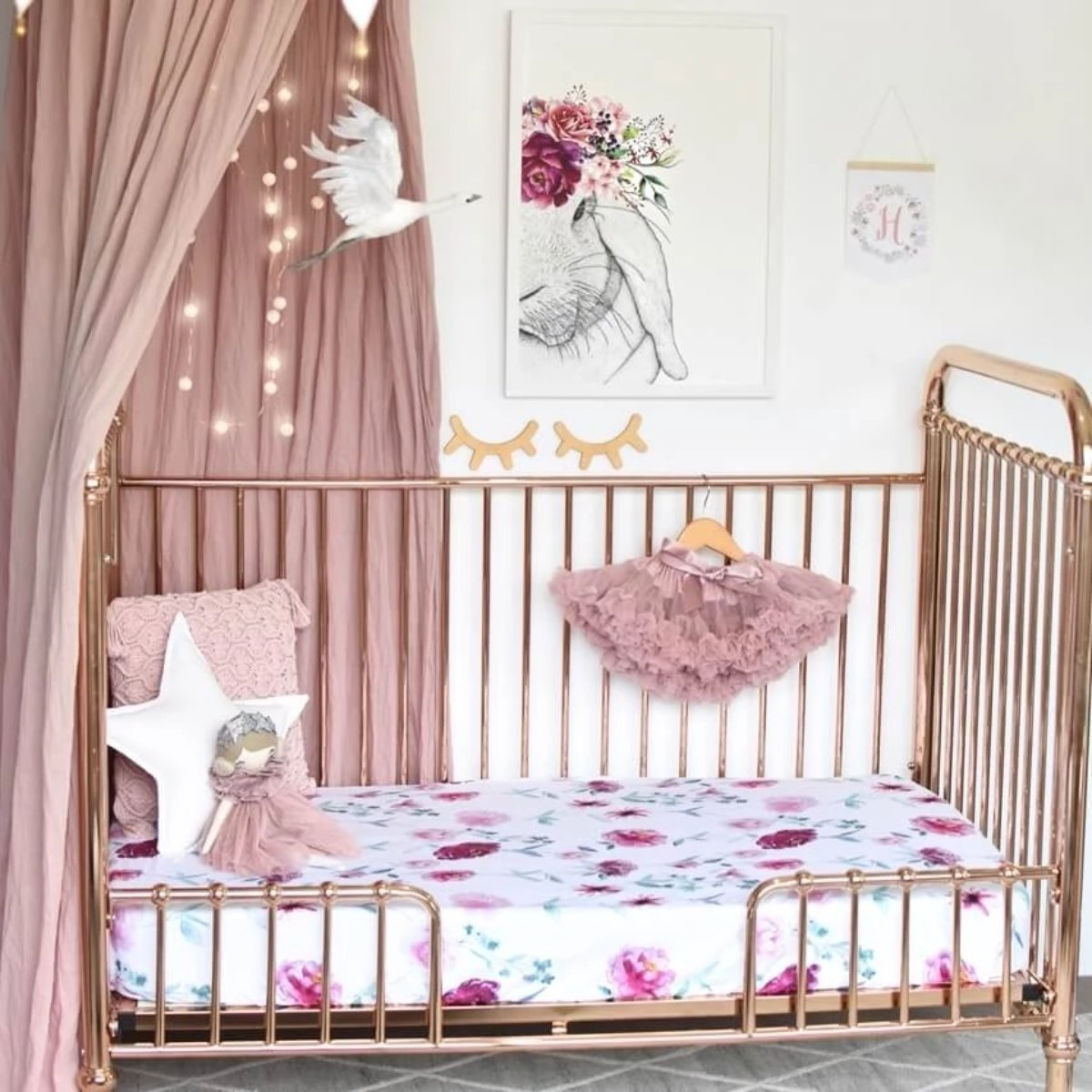 US stockist of Snuggle Hunny Kids Wanderlust crib sheet