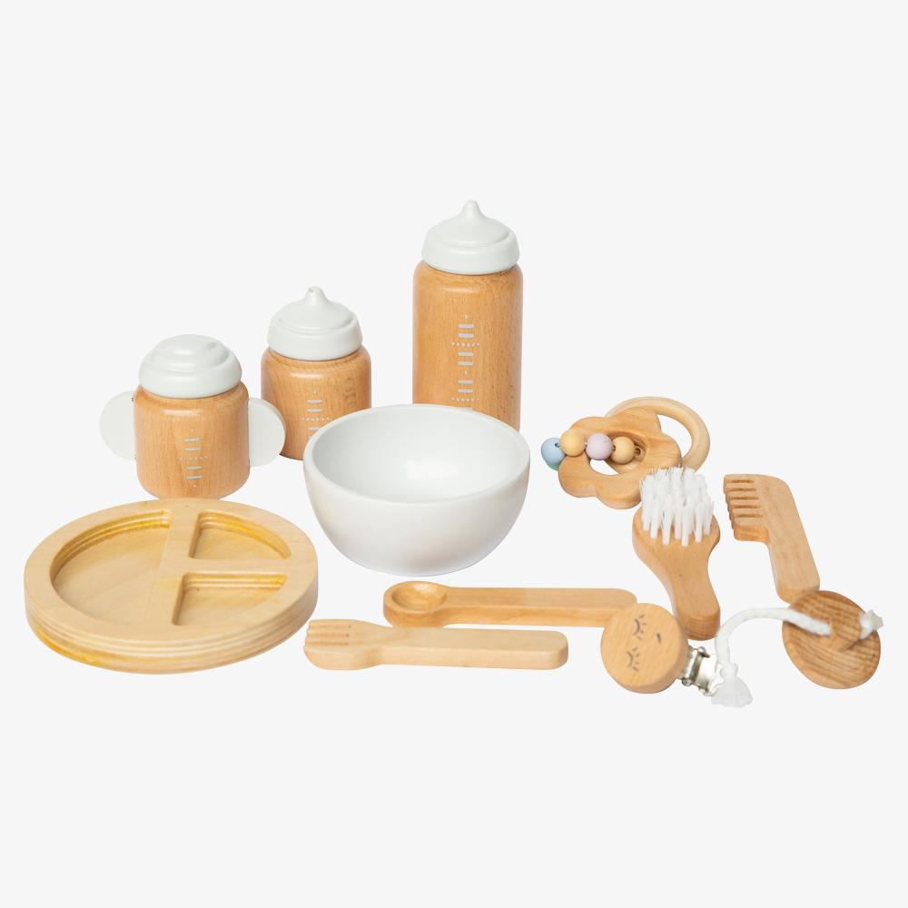 US stockist of Make Me Iconic's 11 piece wooden doll accessory kit.  Features 2 bottles, 1 sippy cup and more.