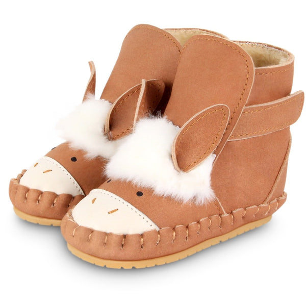 US stockist of Donsje's Donkey baby shoes with Kapi exclusive faux fur lining.  Velcro fastening - soft sole under 12mths.