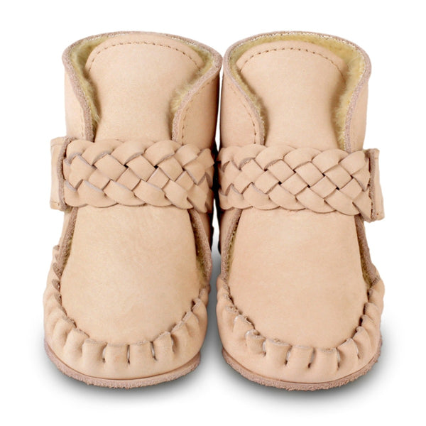 US stockist of Donsje's Powder pink nubuck baby shoes with Mace faux fur lining.  Velcro braided fastening - soft sole under 12mths.