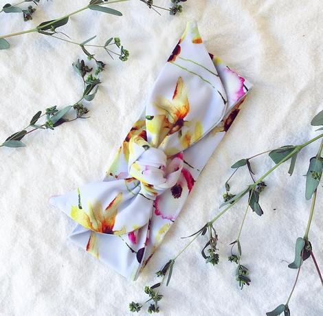US stockist of Blossom & Gumnut organic bamboo yellow flower tie knot headband.