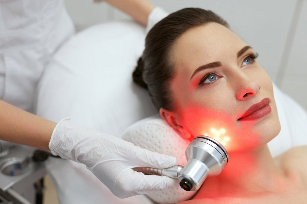facial light therapy