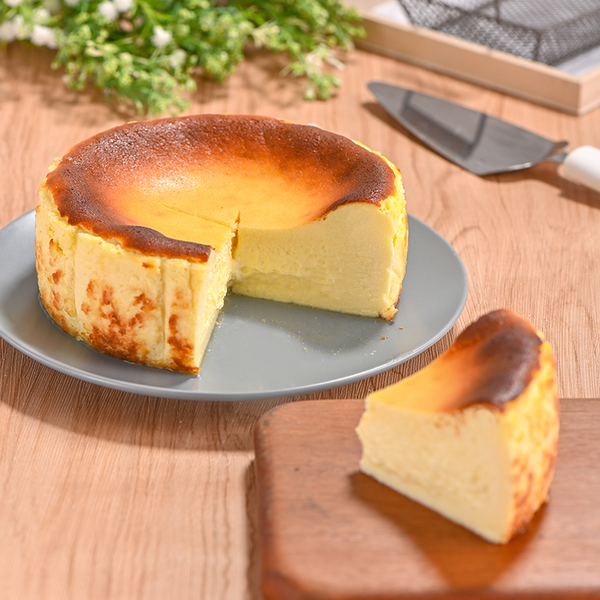 Burnt Cheesecake (Free Shipping)