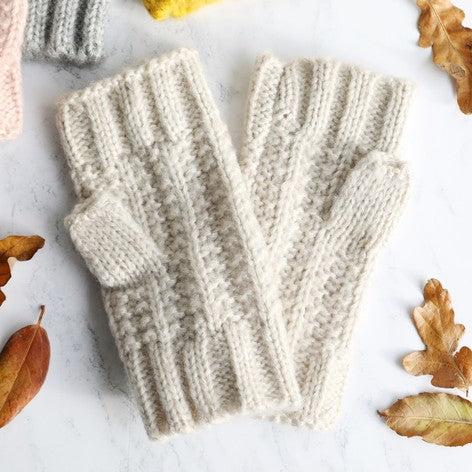 Oatmeal Cable Knit Hand Warmers