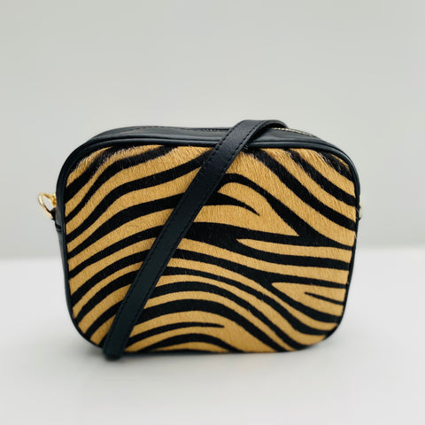 Tiger print leather Bag in cowhide with strap