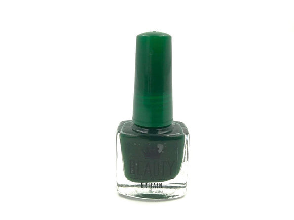 Dark Green Nail Varnish