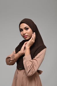 RADEYAH in CHOCOLATE ROOT