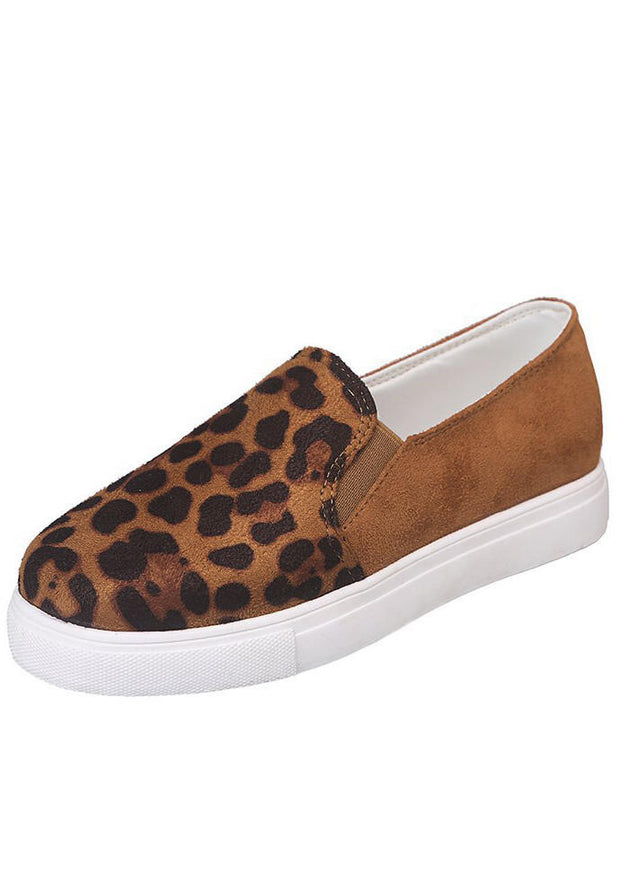 Leopard Printed Round Toe Flat Sneakers