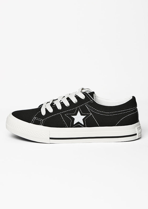 Star Lace Up Round Toe Flat Sneakers