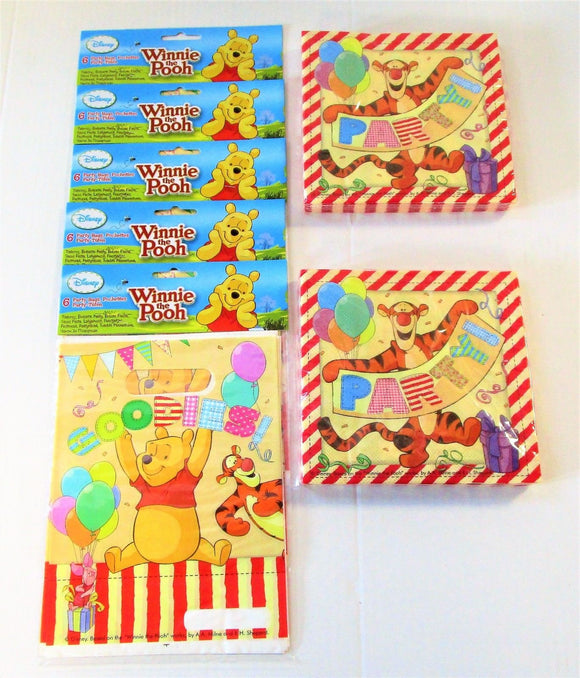 Winnie The Pooh Pack of 30 Loot Bags and 40 Napkins - Disney Party Tableware